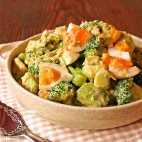 broccoli-avocado-egg