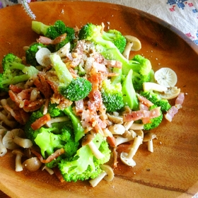 broccoli-bacon-salad