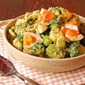 avocado-broccoli-salad