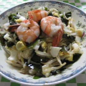 seaweed-moyashi-salad