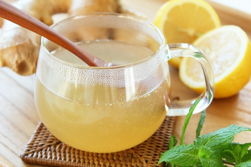 hot-lemon-water