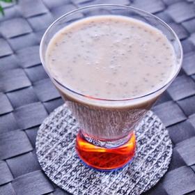 chia-seed-soy-milk