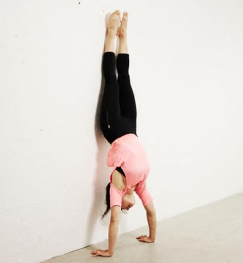 handstand-1b
