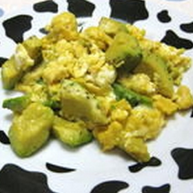 scramble-egg-avocado