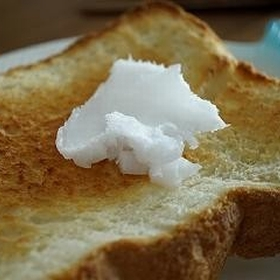 coconut-oil-toast