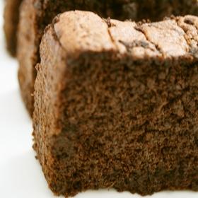 healthy-okara-chocolat-cake