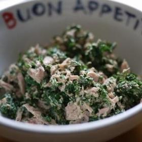 goma-carrot-leaves-salad