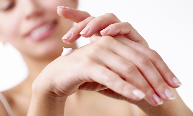 tips-to-treat-dry-hands