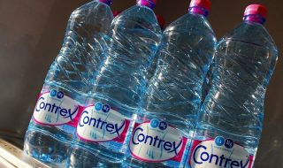 diet-exp-drinking-water-01