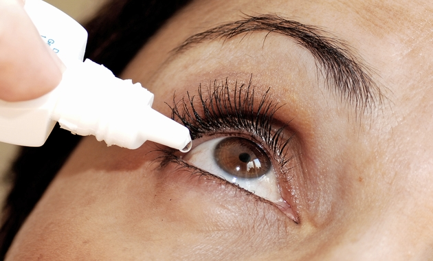 how-to-use-eye-drops-properly