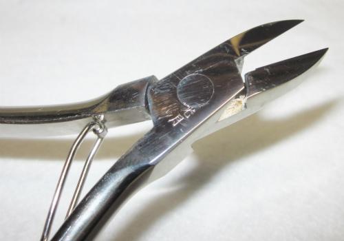 nail-clipper